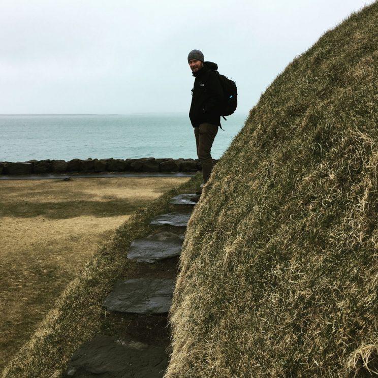Climbing Þúfa