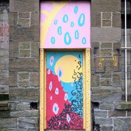 Dundee Open/Close street art - by Johanna Tonner