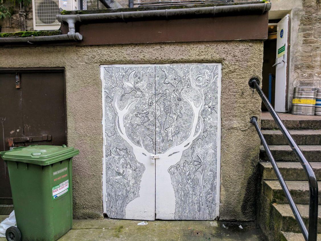 Dundee Open/Close street art - by Steven Sinclair