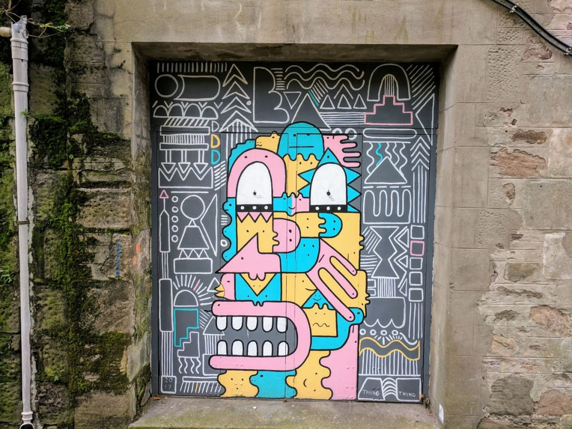 Dundee Open/Close street art - by Thing Thing