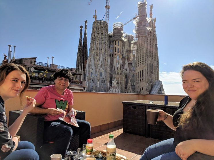 Us all having breakfast in front of Sagrada Família