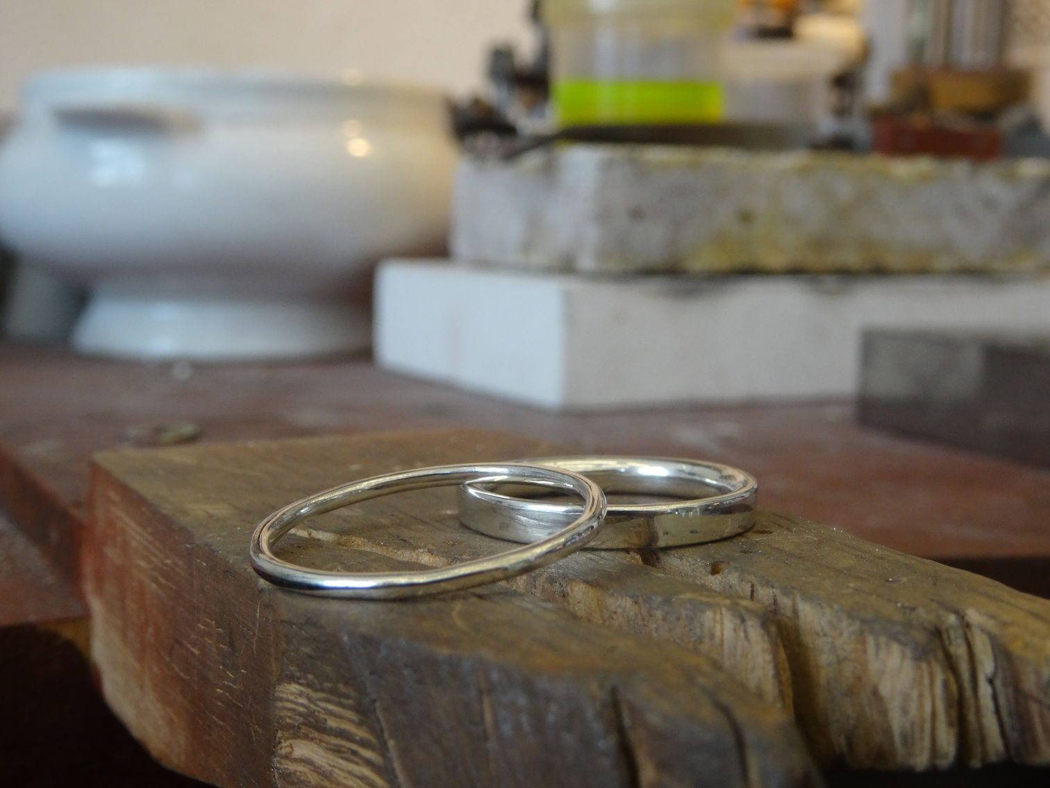 The finished wedding rings