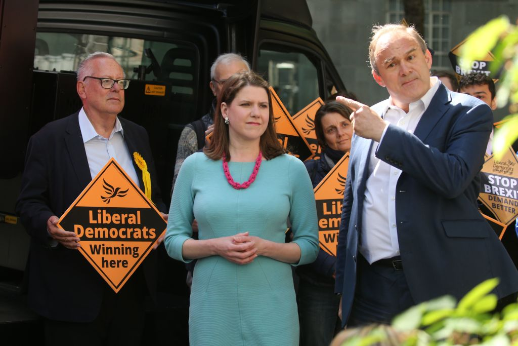 Jo Swinson campaigning with other Liberal Democrats