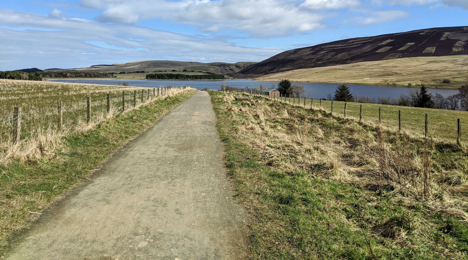 A long road ahead, on my long cycle, at Threipmuir reservoir